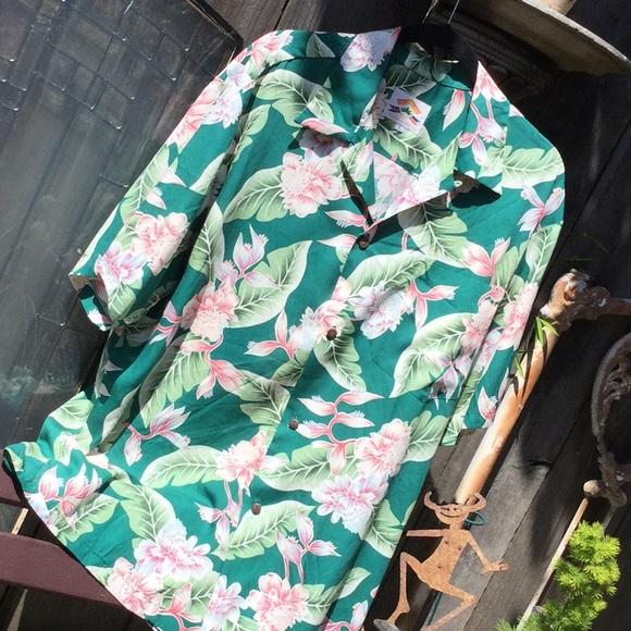 4ee8a31d0 Pineapple Juice Hawaiian Classic Shirts   Mens Rayon Euc   Poshmark